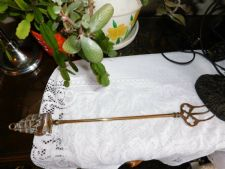 VINTAGE BRASS TOASTING FORK WITH DETAILED GALLEON HANDLE CURVED TONGS 18.25""